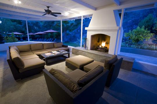 Indian Springs Lounge